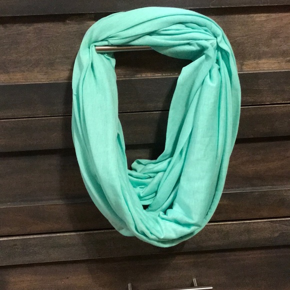 Accessories - Mint Green Infinity Scarf